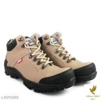 Sepatu boots / sepatu safety NIKE