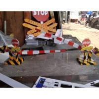 Terpopuler ! Miniatur Palang Pintu Kereta Api (2 pcs)