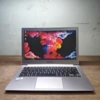 Laptop Asus ZenBook UX303UB 2017 Intel Core i5 Ram 8 SSD 128 FHD Mulus