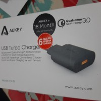 aukey pa-t9 quick charger 3.0 free cable usb 1m