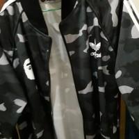 jaket bape x adidas - Hitam Bekas