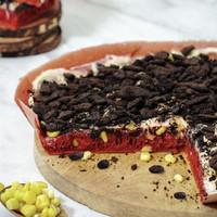 Martabak Pizza Orins Manis Red Velvet Topping Creamy Fruity Crunchy