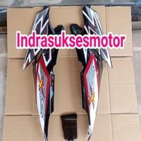 cover body belakang motor honda supra x 125 hitam merah