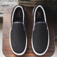 sepatu sneaker tanpa tali sepatu pria sepatu vans OG hitam