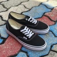 Sepatu Sneakers Vans Authentic Hitam Putih Pria dan wanita - 36, Hitam
