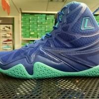 sepatu basket Typhoon, League