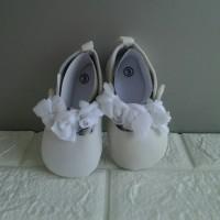 Sepatu Bayi Cewe Prewalker Putih Balet Bunga