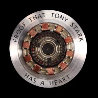Kaos 1155 The Proof That Tony Stark Has Heart T-Shirt
