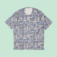 Kemeja Pantai Lengan Pendek Monochrome SS Hawaiian Pattern Blue Shirt