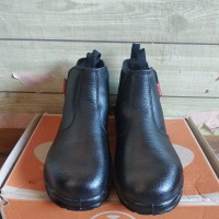 Sepatu Safety Dr. Osha