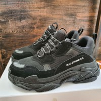 Sepatu Balenciaga Triple S All Black Premium Quality