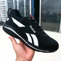 sepatu reebok running hitam putih