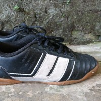 Sepatu Futsal League Classico Majestik Shoes Black Size 39