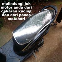 pelindung jok motor anti panas cahaya matahari