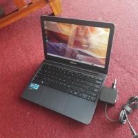 Netbook Mulus & Cantik!! Asus E203NAH E203N E203 Second Bekas