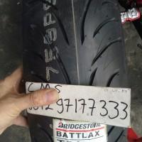 ban Battlax Bridgestone 170/60-17 T31 + 120/70-17