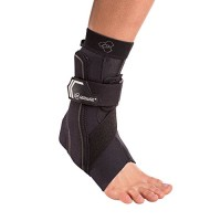DonJoy Performance Bionic Ankle Support Brace: Right Foot, Slime Green