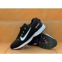 Sepatu Sneakers Pria Nike Air Zoom Kualitas Import Grade Original - Hitam Putih, 38