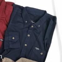 Kemeja Polos Lengan Panjang Pria cocok untuk semi formal dan kerja - Biru Donker, M