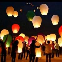 LAMPION TERBANG SKY LATERN FLYING LATERN LENTERA TERBANG HARAPAN WISH
