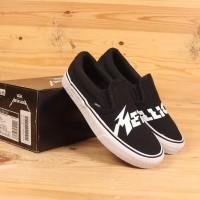 Sepatu Vans x Metallica Classic Slip On Black White VN0A38F7PZJ
