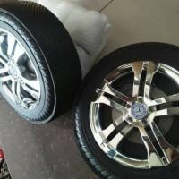 Pelapis ban / Pelindung roda Mobil aki & motor aki anak