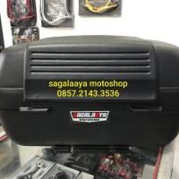 Backrest Busa sandaran Box motor SHAD SH 42 SH42 original spanyol