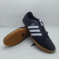 hoot sale Sepatu Futsal Adidas/Nike/Specs/Puma Ukuran 34-43 terjamin