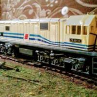 Dijual miniatur kereta api lokomotif seri cc 201 remot control Diskon