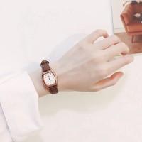 Jam Tangan Quartz Mini Gaya Korea Retro dengan Strap Kulit