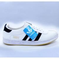 Terlaris ! Sepatu Kasual Adidas GAZELLE Putih & Garis Hitam