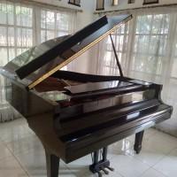Piano Baby Grand Yamaha G2 E Hitam