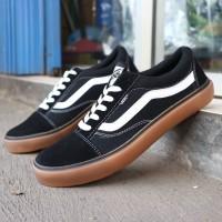 sepatu vans oldskool gum