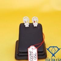 Anting Emas Model Oval Bunga Batu Emas Putih AN750265000