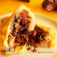 Porky Bacang Telur Dadar - Babi Panggang, Telur Asin, Lapchiong, Ayam