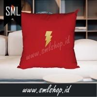 Bantal Sofa / Bantal Kotak / Bantal Dekorasi -Flash Super Hero DC 01
