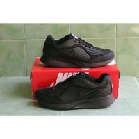Best seller Sepatu sekolah nike airmax hitam polos