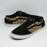Sepatu Vans Ward Leopard Sneakers Original