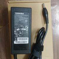 Charger Adaptor Laptop Toshiba L745,C600,l645,C800,19V 3,42A origin
