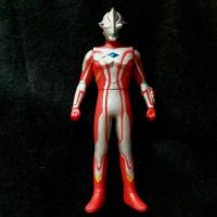UHS Ultra Hero Series 16 Cm Ultraman Mebius by Bandai 2009
