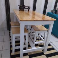 meja makan/meja cafe/meja restoran 1set ( 4 kursi 1 meja )