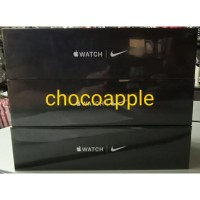 Apple Watch Series 5 40mm Nike+ Silver Pure Platinum Black Sport MX3R2