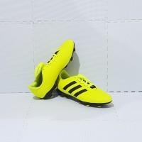Sepatu Bola Dewasa ADIDAS PREDATOR Size 39 - Size 43 Murah JC820