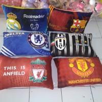 Bantal Club Bola jumbo Real,MU, Liverpool, Chelsea,Barca,Juve,