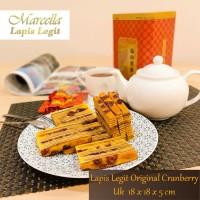 Kue Lapis Marcella Lapis Legit Original Cranberry Size 18x18x5cm