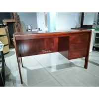 Meja Kantor / Kerja Kayu JATI solid model Classic