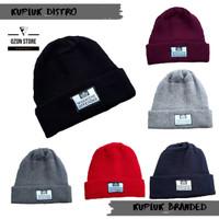 Short Beanie Kupluk Pendek Hat Skate Kupluk Distro WEEKEND OFFENDER