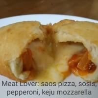Pizztel Pizza Paztel ( pizza goreng) Meat Lover