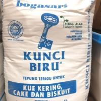 Tepung terigu Kunci Biru (repack 1kg)