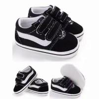 Sepatu Prewalker Baby Model vans